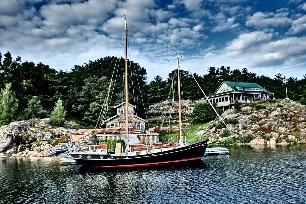 Beautiful little schooner.